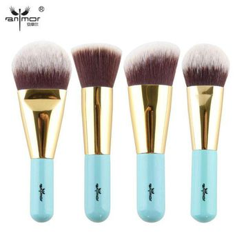 DK7G2 High Quality 4 pcs Kabuki Brushes Synthetic Hair Make Up Brush Foundation Makeup Brush Set Travel Kit Y002