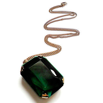 Vintage Emerald Green Glass Pendant Necklace - Faceted Rectangle Cut - Gold Tone - Large Big - Simple Design - Prong Set
