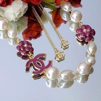 PEAPYV2 Chanel Woman Fashion Logo Pearls Flower Necklace