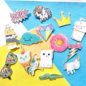 1 PCS Cartoon Badges for Clothing Free Shipping Kawaii Acrylic Badges Icons on The Backpack Icons on The Pin Brooch Female Badge