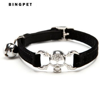 Hot Bling Pirate Skull Velvet  Cat Collar Pet Products Charms and accessories  and Safety Elastic Belt with Bell  Dog 5 Colors
