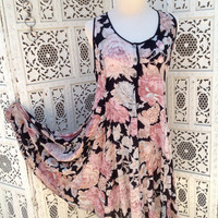 BOHO Hippie Vintage Floral Dress Made in India Size Small Flared Festival Girl //SuzNews Etsy store//