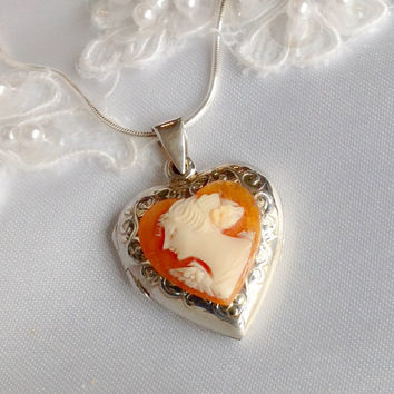 Antique Cameo Necklace Jewelry Wedding Photo Locket, Sterling Silver, Wedding Locket, Bridal Shower Gift for Bride, Anniversary Gift Wife
