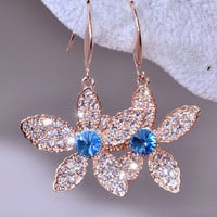 Dangle rose gold plated flower with blue crystle earring,Charm earring,Rose gold earring,Flower dangle earring,simple earring