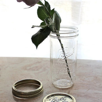 Valentine's Vase - Vintage Ball Fridge and Freezer Rarer Mason Jar (1930s-1960s) - 24 ounce