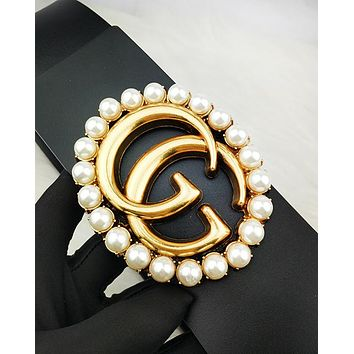GUCCI hot seller for fashionable women with large pearl and gold buckle belts Black
