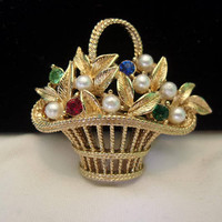 Gerry's Signed Flower Basket Brooch Pearl & Glass Rhinestone Gold Plate Pin