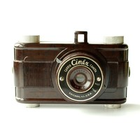 1940's Vintage Camera Cinex Candid Camera Bakelite Body