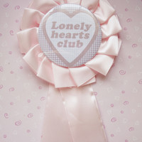 Lonely hearts club pin
