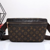 """Louis Vutitton"" Retro Casual Fashion Classic Logo Print Chest Bag Messenger Bag Men Waist Bag"