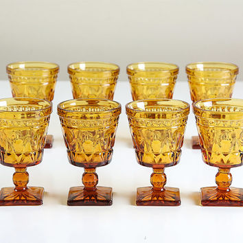 Vintage Stemmed Drinking Glasses / Set of Eight Gold Pressed Glass / Water Glass / Wine Glass / Summer Patio Decor / Barware