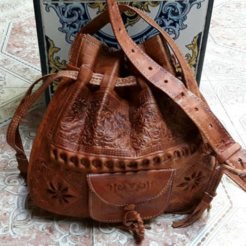 Leather bucket bag,handbag brown, cross-body bag, embossed bag, women's handbag, Sacoche femme marron