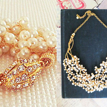 Bridal Pearl Wedding Set - Necklace - Bracelet - Chunky in Gold - Rhinestone - Vintage Style - Crocheted - Lacy