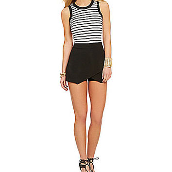 Soprano Envelope-Hem Striped Romper - Black/White