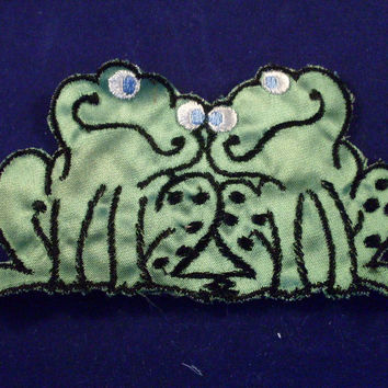 Vintage Sew On Patch Green Frog Couple 1970s