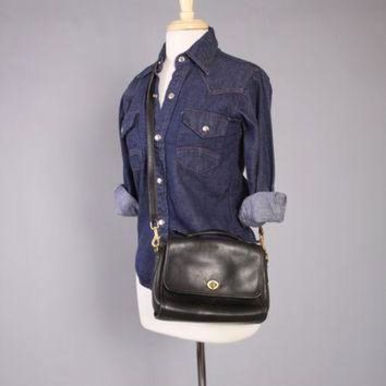 ONETOW Vintage 90s COACH PURSE / 1990s Small Black Leather Station Willis Mail Crossbody Bag