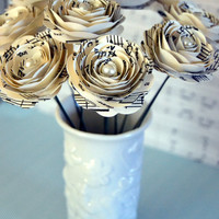 Beautiful Stemmed Music Note Roses with Pearl Centers