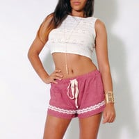 (ami) Cropped lace ivory tank