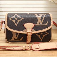 LV Louis Vuitton Fashion Casual Print Shoulder Crossbody Small Square Bag