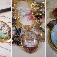Alice in Wonderland inspired vintage handmade jewelry | oh my so cute