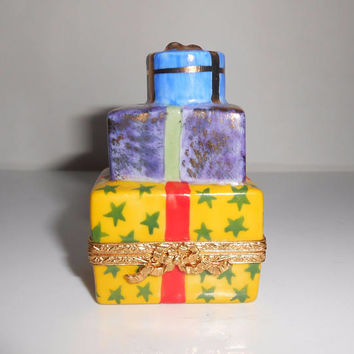 Limoges Trinket Box Stacked Christmas Presents Gifts Artoria Hand Painted Artist Signed