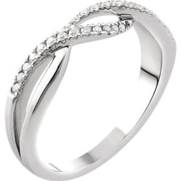 14K White 1-6 CTW Diamond Criss-Cross Ring