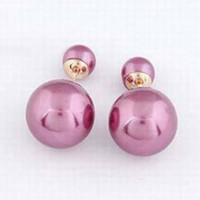 Vogue Artificail Pearl Women Ear Stud for Party