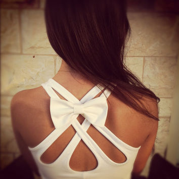 White BIG bow pin for clothes