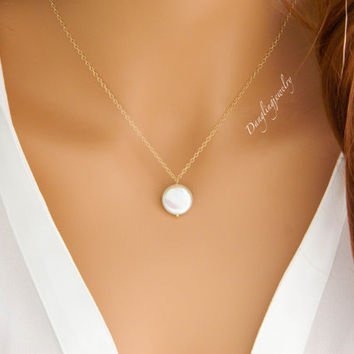 GOLD Single Pearl Necklace, June Birthstone Necklace, Bridesmaid Jewelry, Wedding Jewelry, Mothers Necklace, Pearl Jewelry, Gift for Women