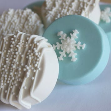 SNOWFLAKE/WINTER/FROZEN Chocolate Covered Oreos 12 pcs.