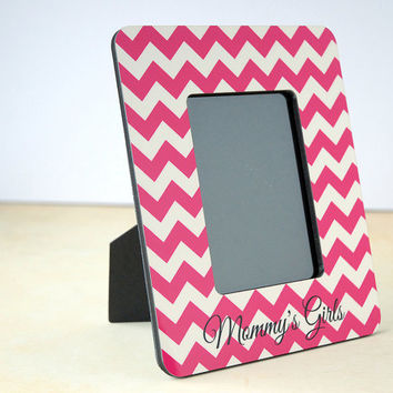 Mommy's Girls Hot Pink Chevron Wood Picture Frame, Picture Frame for Mom, Daughter in Law Gift, Mother's Day Gift, 4x6, 5x7