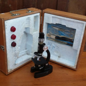 Vintage Tasco Deluxe Portable Student Microscope With Dissection Kit