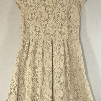 Coincidence and Chance Floral Lace Dress Medium Womens Anthropologie Beige Lined