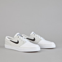 Nike SB Stefan Janoski CNVS Light Base Grey / Black - White