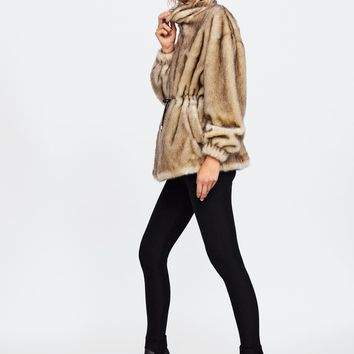 TWO-TONED FAUX FUR PARKADETAILS