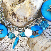 Caribbean Blue Mother of Pearl Disc Charm Bracelet with Starfish