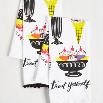 We All Dream of Ice Cream! Tea Towel Set | Mod Retro Vintage Kitchen | ModCloth.com