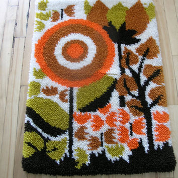 Vintage Retro Handmade Hook Rug Wall Tapestry. Modern Decor.