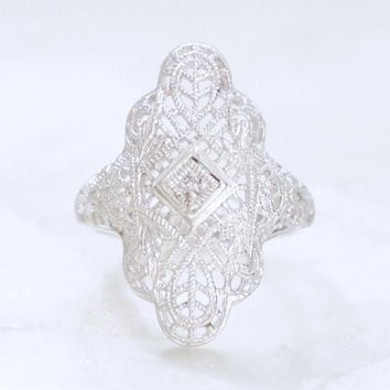 Engraved Art Deco Filigree and Diamond Dinner Ring