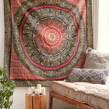Magical Thinking Bandhani Medallion Tapestry - Urban Outfitters