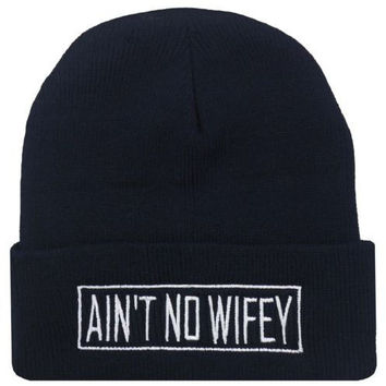 AINT NO WIFEY Beanie Women's Winter Warm Knitted Black Cuffed Skully Hat