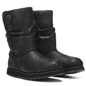 Women's Leather-Esque Winter Boot