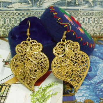 Portugal folk gold Viana Heart earrings filigree