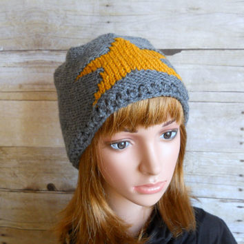 Gold Star Beanie, Grey Slouchy Beanie with Large Star, Hand Knit Hat, Gold and Grey Beanie, Snowboard Beanie, Star Design Hipster Beanie