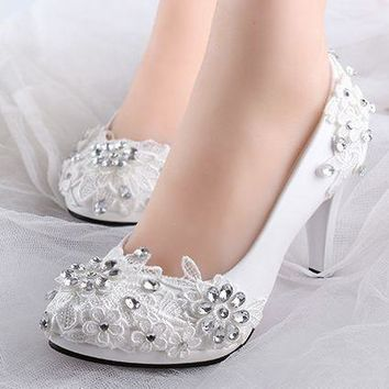 Low high heels bridal wedding shoes white rhinestones lace wedding pumps shoe for spri