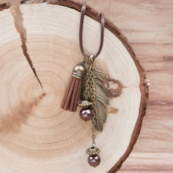 Handmade Feather Tassel Pendant Necklace