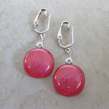 Red Dangle Dichroic Clip Earrings Rudolfs Red by mysassyglass