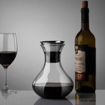 Vivid  Decanter 34 Ounces  breather Carafe