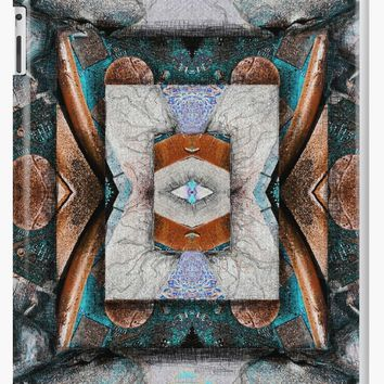 'Eye of the Machine ' iPad Case/Skin by Linandara