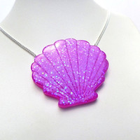 Resin Sea Shell Mermaid Glitter Opal Magical Iridescent Statement Necklace Pendant Jewellery Kawaii Kitsch Cute Pastel